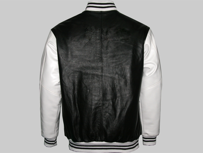 Check our customizable fashion Varsity Jackets gallery for a wide variety of leather jackets, lightweight jackets, wool varsity jackets, nylon and waterproof jackets for men and women.